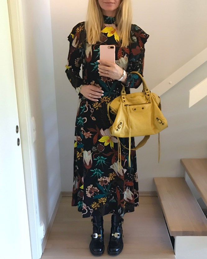 Balenciaga City bag in 2010 Moutarde yellow, Centre cut out boots and HM flower midi dress.