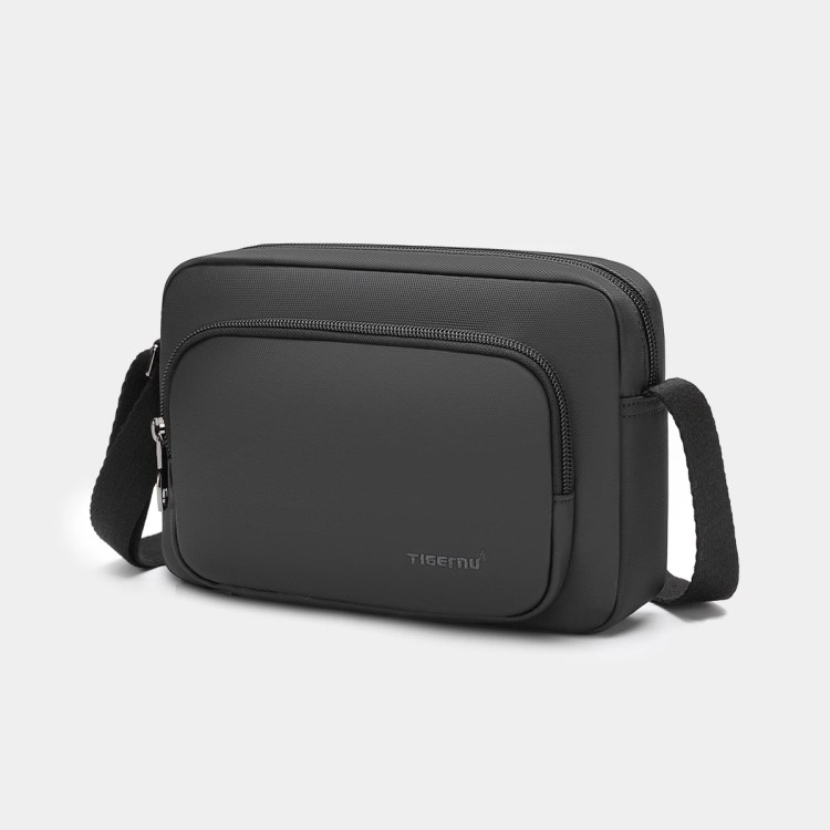 Fashion Messenger Bags Waterproof Casual Light Weight Shoulder Bags