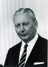 Kurt Georg Kiesinger, kanselir Jerman ketiga