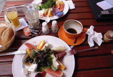 Aktivitas Makan di Jerman