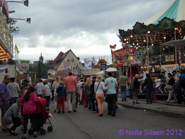 Jalan-jalan ke Pasar Malam Kota Tua