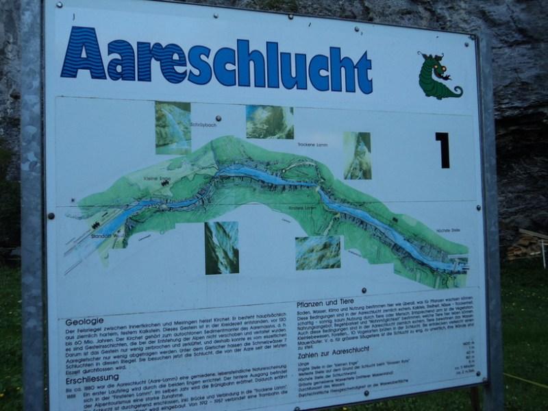 Aareschlucht Meiringen. Liburan Swiss Part 6 - Wisata Tebing Aareschlucht