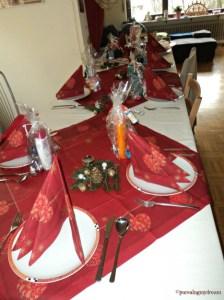 Dekorasi Meja Makan Suasana Natal