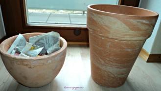 pot bunga dari tanah liat, nanti mau dihias