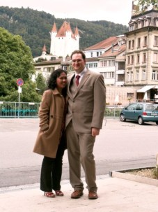 Kalau pakai High Heels saya ga pendek banget kan ya. Nikah catatan Sipil di Swiss 20 Juli 2011. Standesamtliche Hochzeit