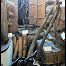 Ruang 8. Gudang alat-alat Farmasi