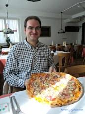 Gileee Pizzanya Jumbo