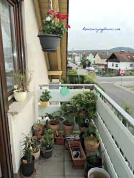 Balkon Belakang Rumah