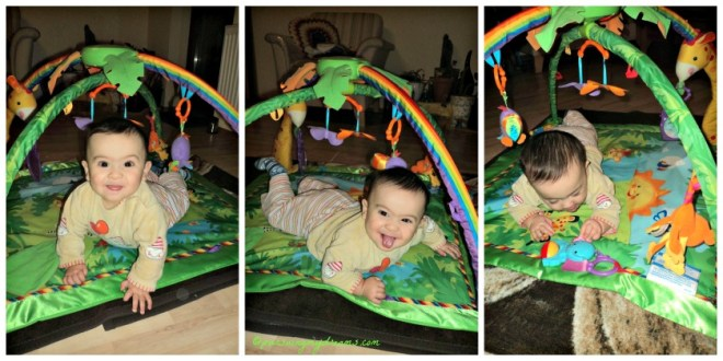 Benjamin bermain di jungle