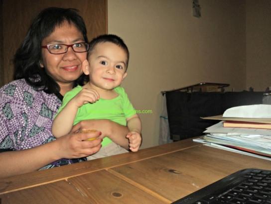 Desperate Mom dan Anak Cowonya. Akal Siapa yang Paling Jitu?. Benjamin dan saya. Nih Benjamin ketika usia 21 bulan. April 2016