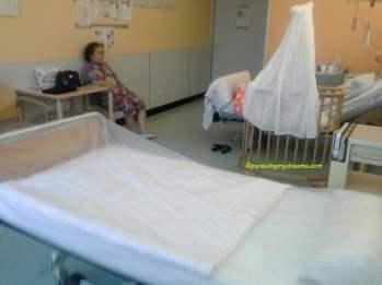 Mama tercinta ngantuk nih nunggui anak dan cucunya haha. Foto Juli 2014