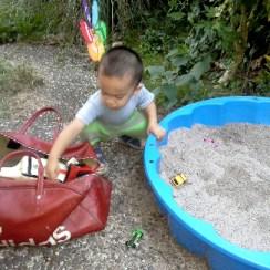 pasir sintetis mainan anak