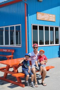 Mackie's Port Stanley - family food