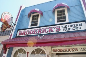 Broderick's Ice Cream in Port Stanley, Ontario - family fun travel