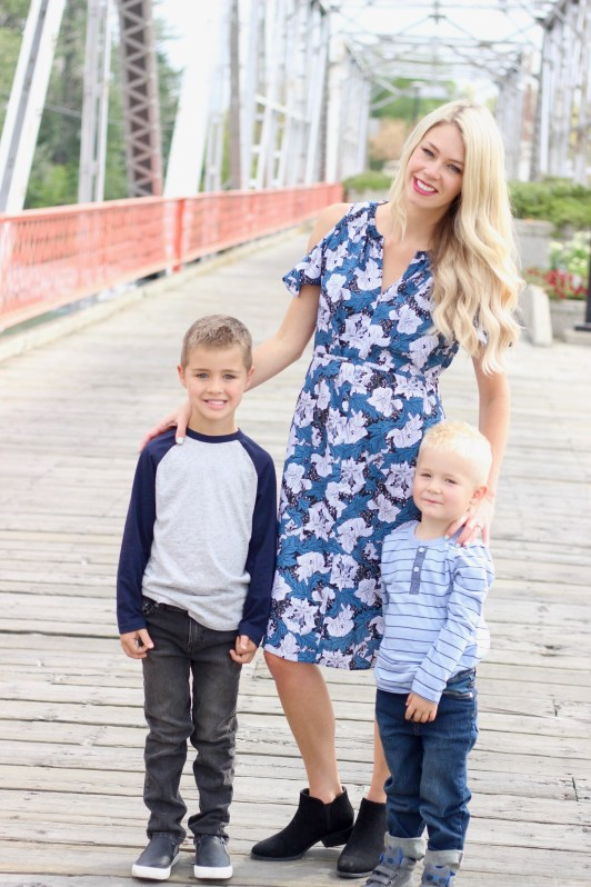Fall Wardrobe Capsule - outfit ideas for the whole family - mom and boys photography - Joe Fresh