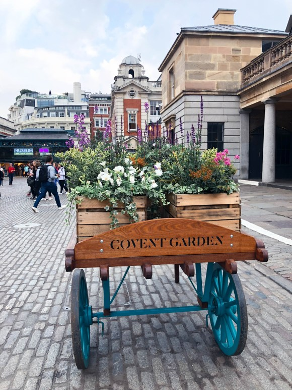 Instagrammable London, UK - Covent Garden - where to take photos when traveling in London