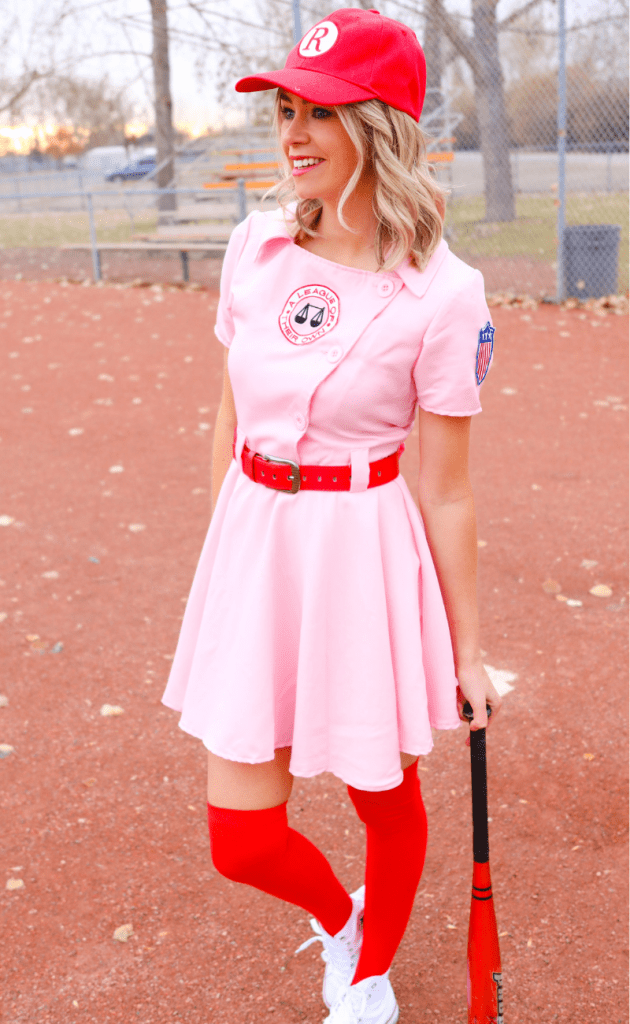 A League of Their Own Costume - Baseball Halloween Costume - costume ideas for women - Dottie costume - #baseball #halloween #movies #costumeideas #costume