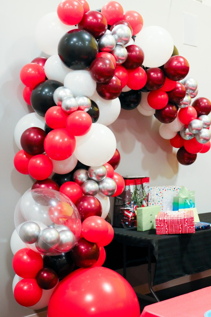 Balloon Garland birthday party ideas from Inflated Dreams YYC