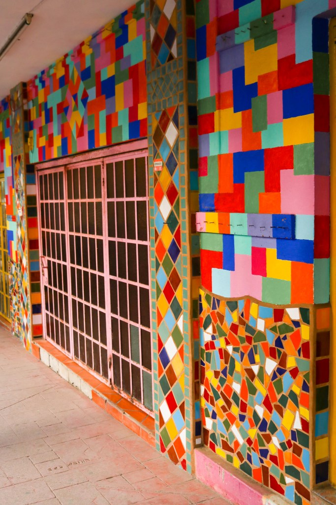 Instagram Walls in Sayulita, Mexico - Instagrammable walls in Mexico - Insta-worthy street art in Sayulita