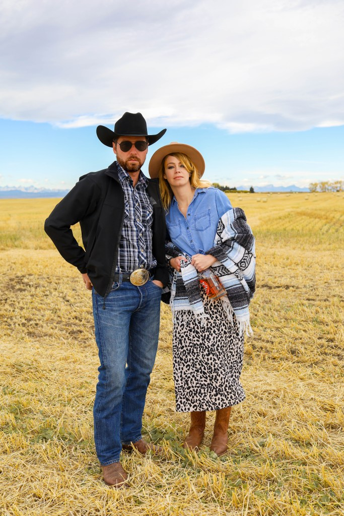 Beth Dutton and Rip Halloween Costume inspiration - Halloween costume - cowgirl and cowboy costumes - Couples costume ideas- Yellowstone Halloween