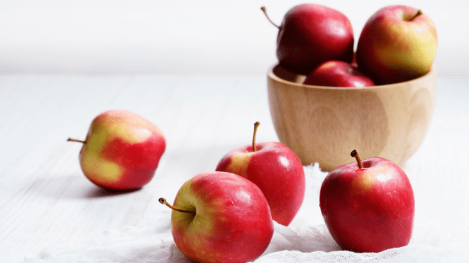 Do Apples Reduce Risk of Death due to Cardiovascular Disease_