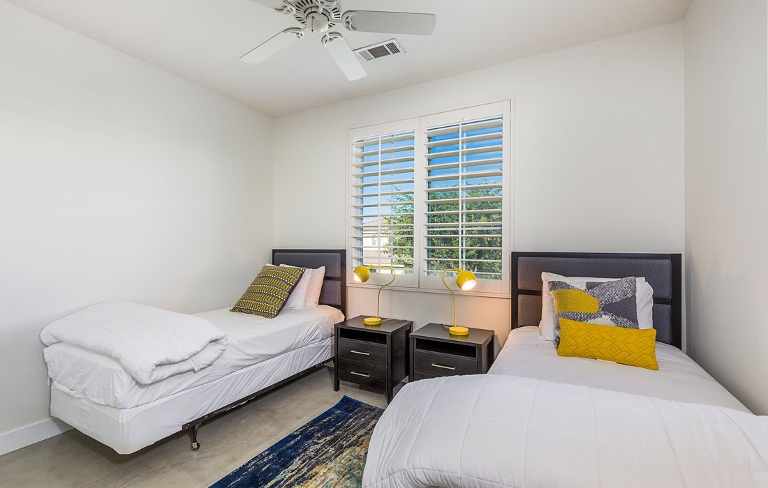 Greta Gallery House Palm Vacation Rentals Indio Valley Air BnB VRBO_11