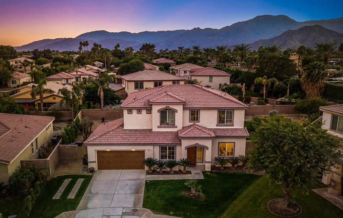 Greta Gallery House Palm Vacation Rentals Indio Valley Air BnB VRBO_50