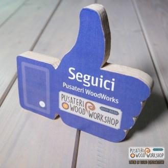 esempio stampa transfer a caldo a colori su legno