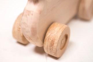 Giocattoli di legno - particolare ruota