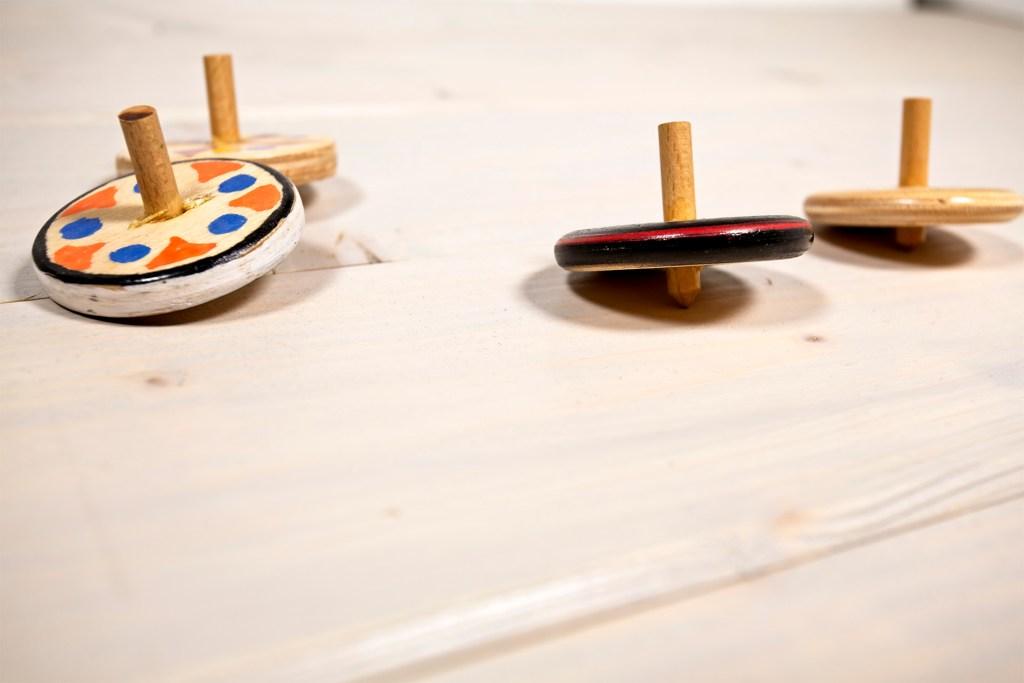 Giocattoli di legno - Trottole
