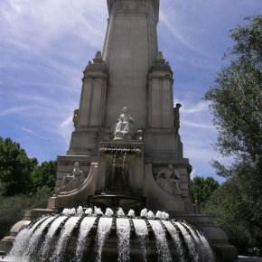 Monumento a Cervantes - Plaza Espanya - Madrid