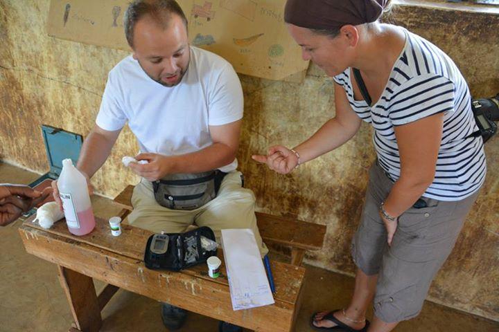 Stranice za upoznavanje šećera sa tatom u Keniji