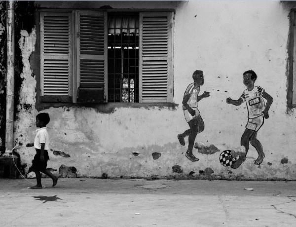 Prostranstvima Kambodže, 3. dio – dolazak u crno-bijeli Phnom Penh