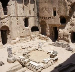 Gumusler samostan