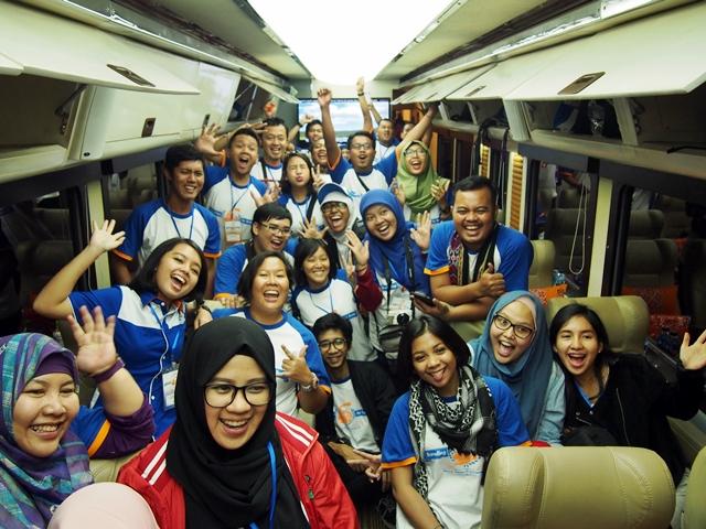 Pengalaman Naik Kereta Wisata Bersama Traveling By Train 2015