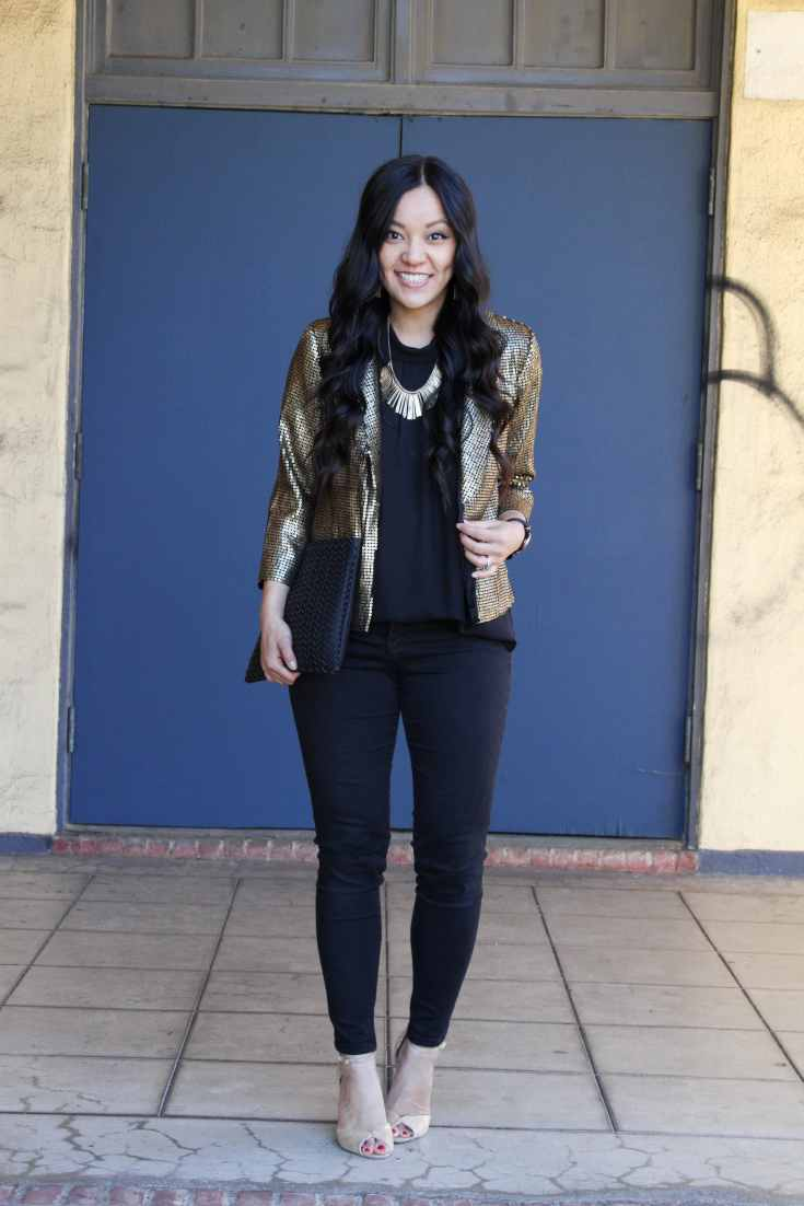 NYE Outfit: Black Skinnies + Black Blouse + Gold Jacket + Gold Shoes