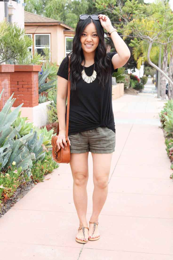 Casual Summer Outfit: Black Twist Tee + Linen Shorts + Cognac Bag + Sandals