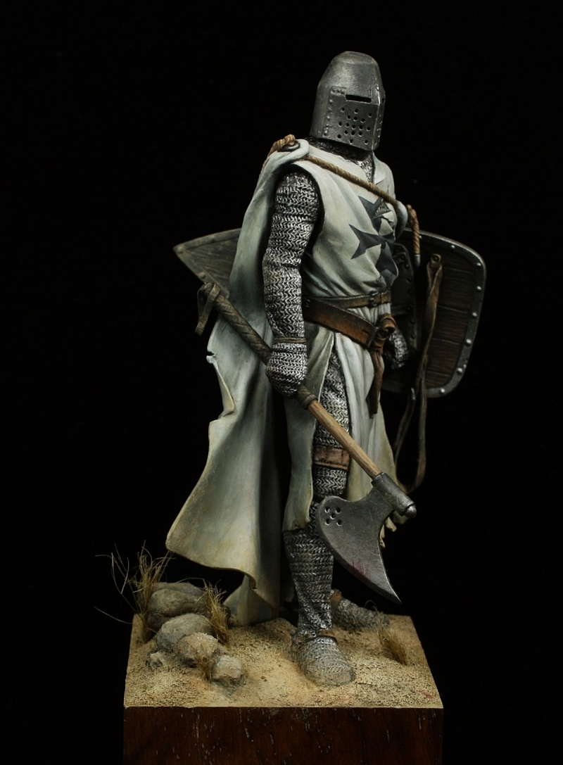 Teutonic Knight by Oliver HonourGuard Spth  PuttyPaint