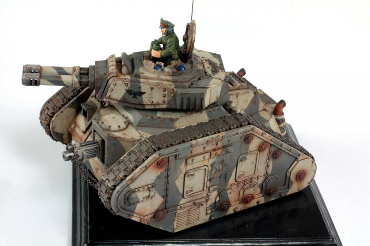 Leman Russ Battle Tank by Piotr Milc Phoenix Miniatures