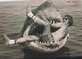 Steven Spielberg no set de tubarão