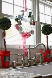 cookie-cutter-wreath