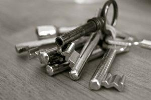a man goes crazy he loses his keys