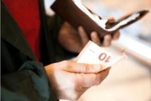 Građani se od početka godine zadužili skoro pola milijarde eura!