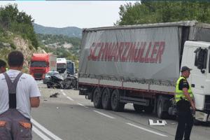 Užasna nesreća na putu DG-NK, teško povrijeđen Nikšićanin