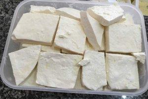 Mjesečno proizvedu tonu pljevaljskog sira