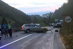 Prijepolje – U sudaru automobila i kamiona više lica povrijeđeno