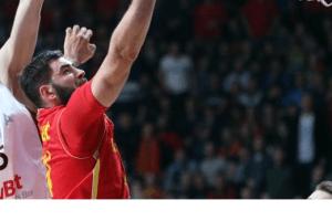 """Crna Gora u pobjedničkom ritmu čeka Mundobasket: """"Crveni"""" savladali Poljsku"""