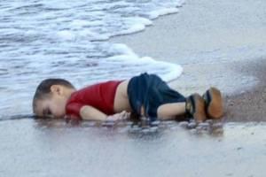 Prizor koji je rasplakao čitav SVIJET: Četiri godine su prošle od smrti dječaka Ajlena Kurdija