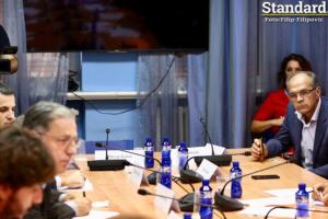"Stanković i Katnić ne žele da raspravljaju o ""koverti"": ""Ovo je šamarčina Skupštini, kazniti tužioce"""
