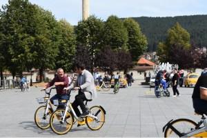 Pljevljaci sa predsjednikom vozili biciklo